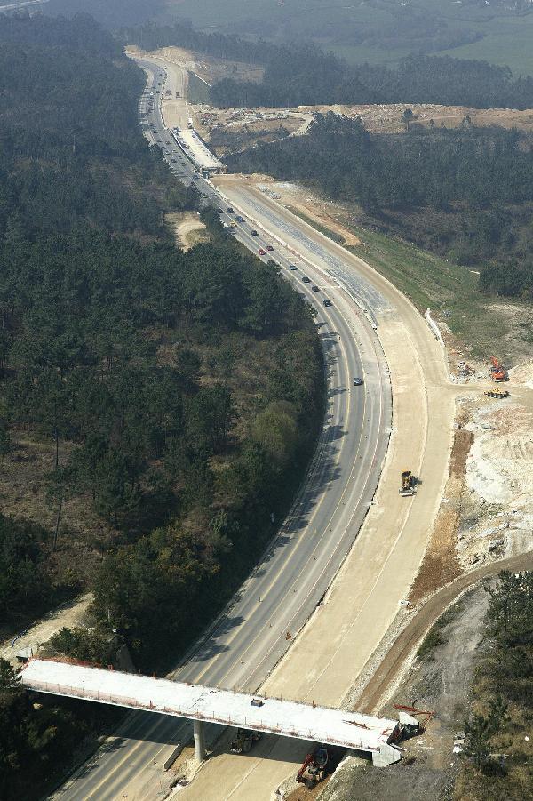 Tableros y puentes s a cat logo de la industria de la construcci n asturiana - Empresas construccion asturias ...